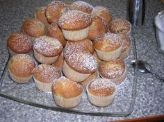 tak ideme na to:. Czech Recipes, Russian Recipes, Dessert Recipes, Desserts, Cooker, Muffins, Food And Drink, Pie, Cupcakes