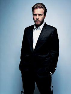 Ewan McGregor Always wears a handsome beard...