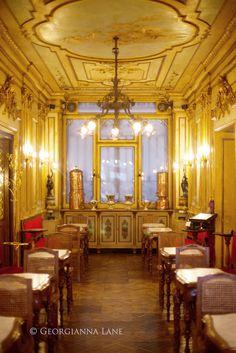 Caffe Florian, Venice - Oldest Coffe House in the Country opened in 1720. Caffè #Florian #Venezia San Marco - Florian #cafè in #Venice Saint Mark #travel #travelinspiration #italy #italia #veneto #italiantravel