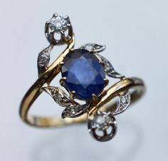 BELLE EPOQUE  Ring   Gold Sapphire Diamond  French, c.1910  Sapphire 1.5 cts approx  Minor repair to reverse