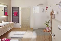 VEGAS - Spiegel mit lichtdurchfluteten Ablagefläche  #zierath #manufaktur #lichtspiegel #vegas #backlitmirror #ablagefläche #praktisch #schön #badezimmer