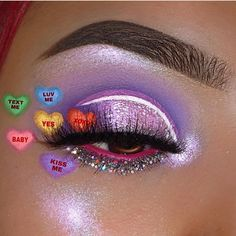 Discover more about eye makeup tips & tutorials Eye Makeup Art, Makeup Inspo, Eyeshadow Makeup, Makeup Inspiration, Makeup Ideas, Makeup Tips, Creative Makeup Looks, Unique Makeup, Colorful Eye Makeup