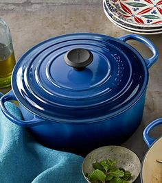 Le Creuset round dutch oven - on sale for as low as $120 #blackfriday  http://rstyle.me/n/dcx37pdpe