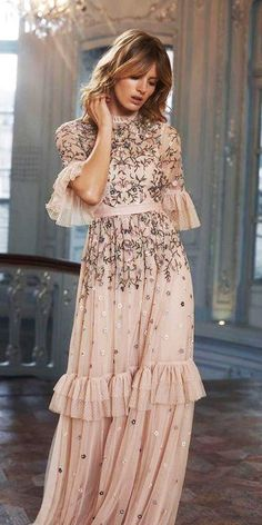 The 15 Most Stylish Wedding Guest Dresses For Spring ★ If you are a guest on a spring wedding it's the perfect opportunity to refresh your wardrobe. We've picked out 15 wedding guest dresses for spring. Look! Spring Dresses, Women's Dresses, Stylish Dresses, Evening Dresses, Summer Dresses For Women, Casual Summer Dresses, Look Retro, Gowns With Sleeves, Puff Sleeves