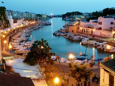 Menorca, the greenest and most authentic of the Balearic Islands, with its deep blue bays, white sand beaches and spectacular cliffs. Ways To Travel, Places To Travel, Places To See, Travel Tips, Vincent Spano, Ibiza, Ciutadella Menorca, Ski Nautique, Paisajes