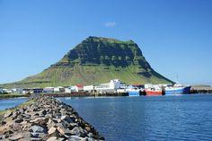 Grundarfjörður, photo by David and Lidna Weir