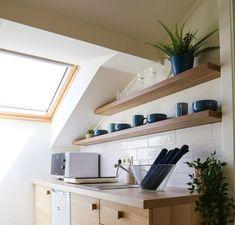 Flat Screen, Shelves, Bathroom, Decoration, Wall, Blue, Home Decor, Blood Plasma, Washroom