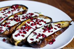 grilled eggplants with buttermilk sauce, basil and pomegranate - delicious, simple and exotic starter (in German)