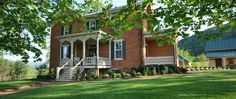 HouseHome    The Inn at Mount Vernon ...      Welcome to a luxury bed & breakfast in the foothills of Shenandoah National Park. The Inn at Mount Vernon Farm offers elegant Southern hospitality in a farm retreat featuring a historic house and outbuildings.
