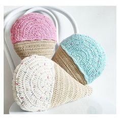 #crochet #crocheting #crossstitch #kanavice #crochetblanket #knitting #knittersofinstagram #knitters #örgümodelleri #orgu #dikiş #motif #bag #tığişi #amigurumi #amigurumitoy  #embroideryclothes #scarf #atki #şal #kirlent #kırlent #pattern #grannysquares #popcorn #diy #project #diyproject
