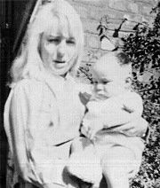 Cynthia Lennon with her baby son, Julian. TR and B were taken at Mendips with TL taken at Cynthia's mothers home in Hoylake. Julian Lennon, John Lennon Beatles, The Beatles, Great Bands, Cool Bands, George Kids, Photograph Video, Love Me Do, Family Images