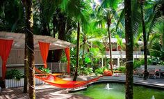 It's tropical Tuesday!  Where are celebrating? Why not this little Caribbean hideaway in the forest of Puerto Viejo @lecameleonhotel