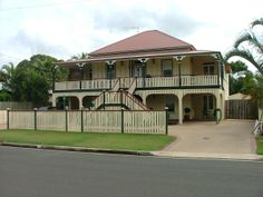 classic queenslanders Front Stairs, Stained Glass Door, Queenslander, Australian Homes, Architectural Features, Old Houses, Interior Inspiration, Beach House, Exterior