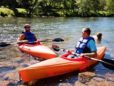 Water level in the Greenbrier Riv er during May is perfect for kayaking with friends.