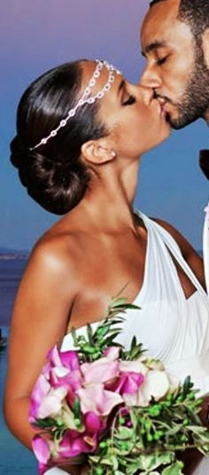 Alicia Keyes sleek chignon with headband  bridal hair ideas  Toni Kami Wedding Hairstyles ♥ ❷ wedding hairstyle