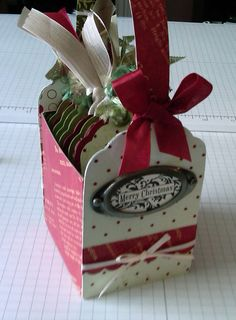 SweetSassyDiva: Gift Tag Box!