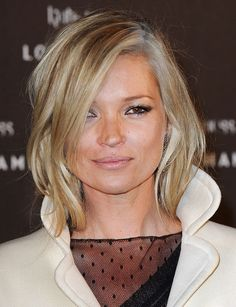 Kate Moss Is New Face of Dior Addict Lipstick Shaggy Bob Hairstyles, Shaggy Bob Haircut, 2015 Hairstyles, Cool Haircuts, Gray Hairstyles, Short Haircuts, Layered Hairstyle, Casual Hairstyles, Layered Haircuts