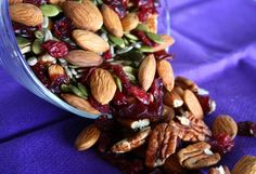 on the go trail mix - use unsweetened raisins for a low sugar alternative. Paleo Recipes, Real Food Recipes, Snack Recipes, Healthy Dishes, Healthy Snacks, Healthy Eats, Paleo Trail Mix, Homemade Trail Mix, Plant Based Snacks