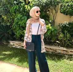 Trendy ideas for style hijab casual pantai Muslim Fashion, Modest Fashion, Modest Outfits, Trendy Fashion, Fashion Outfits, Womens Fashion, Beach Fashion, Emo Fashion, Stylish Outfits
