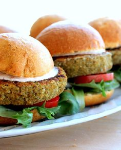 Low FODMAP Vegetarian Recipe and Gluten Free Recipe - Quinoa burger http://www.ibscuro.com/low_fodmap_vegetarian_recipe_quinoa_burger.html
