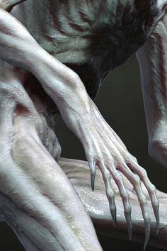 Xenomorph six finger detail