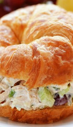 croissants aren't very good for you but they are yummyChicken Salad Croissant Sandwiches.croissants aren't very good for you but they are yummy Croissant Sandwich, Chicken Salad Croissant, Soup And Sandwich, Chicken Salad Recipes, Chicken Salad Sandwiches, Costco Chicken Salad, Chicken Salad With Grapes, I Love Food, Good Food