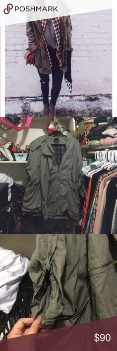 LF layered jacket Used a few times. Oversized. Says M but can fit up to xl. Lots of zippers. Good condition. Had this for awhile. Never really wore it, a bit wrinkled from being in closet. LF Jackets & Coats Utility Jackets