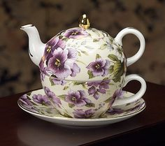 """""""Royal Pansy Floral Chintz Bone China Teapot""""   