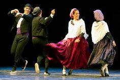 Balls de Dolçaina. Esbart Dansaire de Rubí. Photo: Jordi Gatell