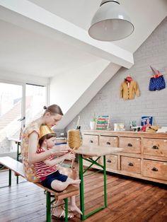 I would love an old park picnic table for my dining room | La maison de Justine Glanfield fondatrice de la marque Cotton and Milk