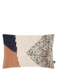 Woonaccessoires • bekijk de collectie • Gratis bezorging • de Bijenkorf Knots, Throw Pillows, Autumn, Bed, Cushions, Fall, Knot, Decorative Pillows, Decor Pillows