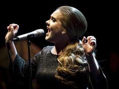 Adele cancela sus conciertos en Londres
