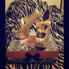 "Selling these ""Gold Glitter Bordello ""Teeze"" platforms sz 7"" in my Poshmark closet! My username is: melissanbravo. #shopmycloset #poshmark #fashion #shopping #style #forsale #Bordello #Shoes"