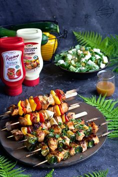 Sos Feta (idealny do karkówki z grilla) – Smaki na talerzu Kung Pao Chicken, Tasty Dishes, Cake Recipes, Grilling, Food And Drink, Healthy Eating, Keto, Baking, Ethnic Recipes