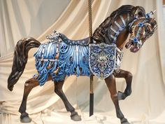 Beautiful Carousel Horses We Wish Were Alive - Cowboy Magic - Cowboy Magic All The Pretty Horses, Beautiful Horses, Carosel Horse, Costume Armour, Wooden Horse, Painted Pony, Horse Sculpture, Metal Sculptures, Merry Go Round