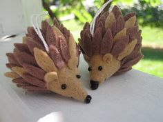 tutorial for felt hedgehog