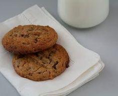 Fantastisk gode cookies med sjokolade og peanøtter - Mat På Bordet Chocolate Chip Cookies, Banana Bread, Muffin, Chips, Breakfast, Desserts, Food, Breakfast Cafe, Tailgate Desserts