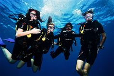 Diving in the Gili islands with Trawangan Dive on Gili Trawangan, Lombok. What a great way to meet new people!