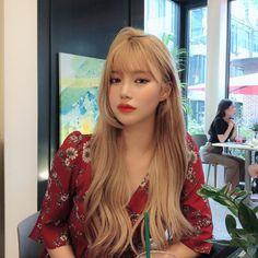 something special ♡ Blonde Hair Korean, Korean Hair Color, Blonde Asian, Hair Korean Style, Blonde Pony, Blonde Bangs, Hair Inspo, Hair Inspiration, Hair Color And Cut