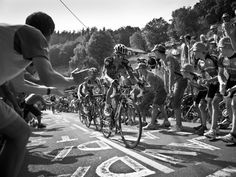 Team Sky | Pro Cycling | Vuelta a Espana | Gallery | Scott Mitchell stage 3 gallery | Chris Froome chases an Alberto Contador attack