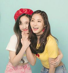 Twice [What Is Love ?] - Nayeon & Tzuyu #kpop