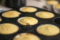 Cali Creamin' Cupcakes without frosting