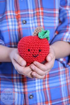 Today I am sharing a pattern for making this fun trio of amigurumi apples that are espcially nice for fall!