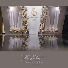 No photo description available. Wedding Backdrop Design, Wedding Ceremony Backdrop, Wedding Stage, Wedding Events, Dream Wedding, Backdrop Decorations, Wedding Decorations, White Silver Wedding, Photowall Ideas