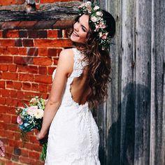 Cydney in Inaru wedding dress / H&S Media Boho Chic Wedding Dress, Strictly Weddings, European Fashion, Dress To Impress, Wedding Colors, Bridal Gowns, One Shoulder Wedding Dress, Wedding Hairstyles, Couture Bridal