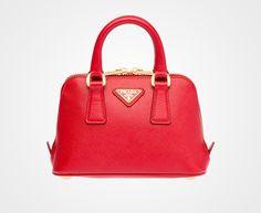 small bag.... I love a satchel!