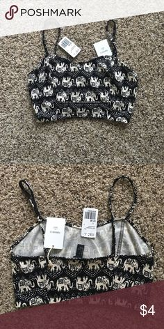 Forever 21 elephant crop top Black and white forever 21, elephant crop top Forever 21 Tops Crop Tops