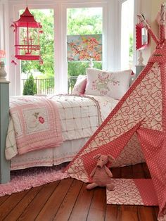 Childrens Rooms * Pretty in Pink Home Furnishings * Beautiful Bedrooms * Good furniture placement for small rooms
