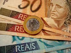 Câmara aprova MP que aumenta em 10% limite de descontos na folha de pagamentos - http://po.st/3yo6yS  #Economia - #Brasil, #CartãoDeCrédito, #Crédito, #Desconto, #Financiamento, #FolhaDePagamentos, #Limite