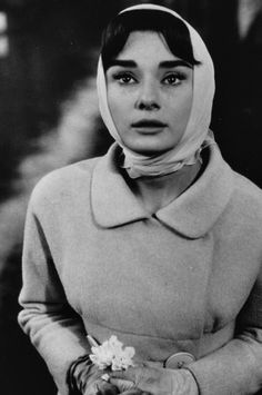 Audrey Hepburn is my religion: Photo Audrey Hepburn Mode, Audrey Hepburn Photos, Bette Davis, Roman Holiday, British Actresses, Before Us, Old Hollywood, Hollywood Images, Happy Girls